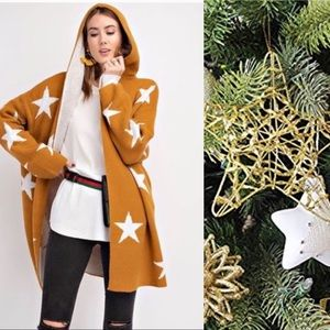 Sweaters - Star Cardigan with Hoodie in Camel/Winter White 🐫